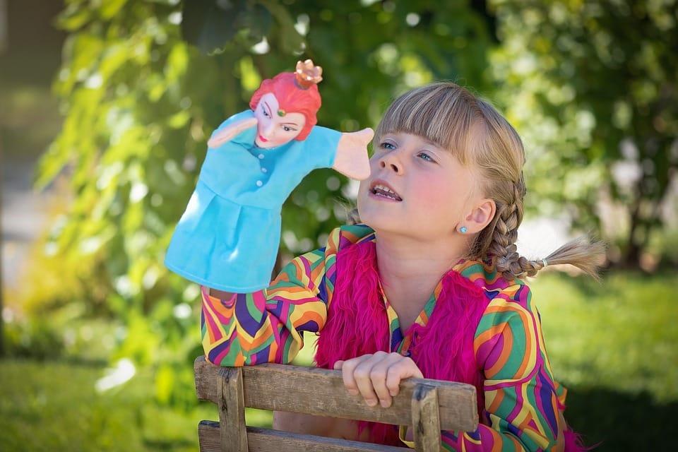 Enfant-fait-du-théâtre.jpg