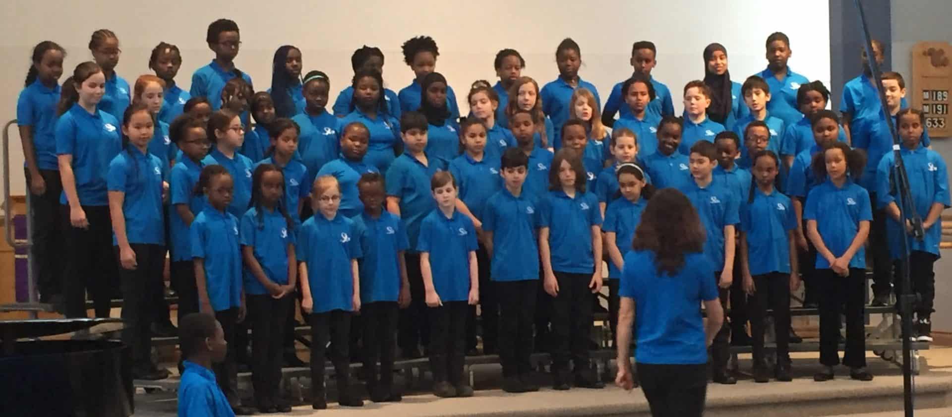 Groupe d enfants, chorale
