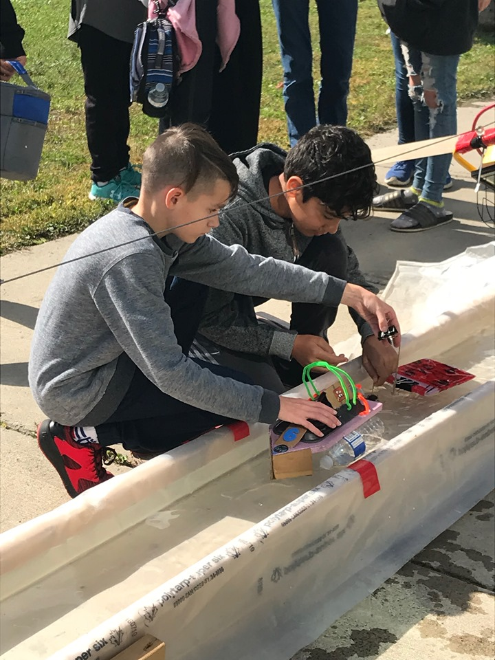 Compétitions-bateaux-solaires-9.jpg